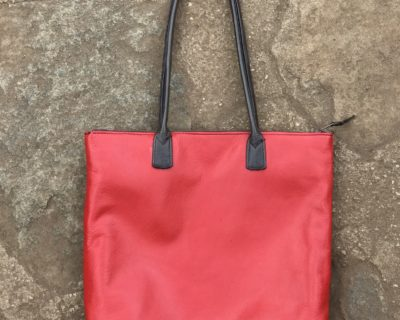HB 9001 Tote – Red
